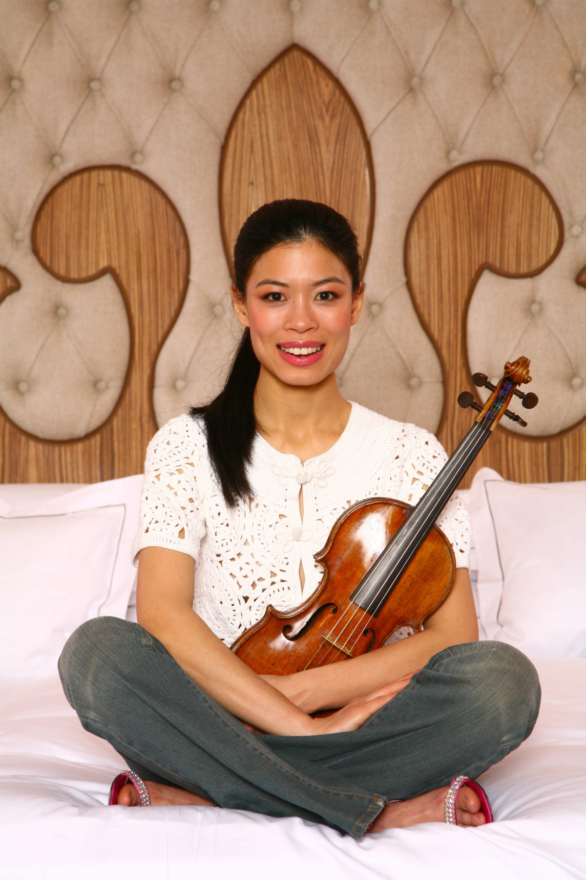 "Vanessa-Mae calls her Guadagnini violin ""Gizmo"".  Why is that?"